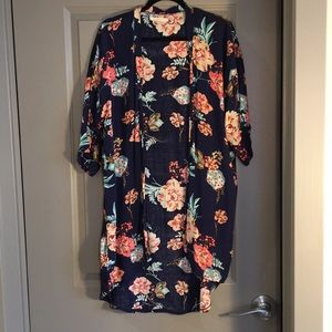 Tops - Kimono top - bundle with tank for discount!